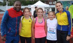 Fabiana Murer und Alex Wilson mit 3 Athletinnen (Foto: Beat Ankli)