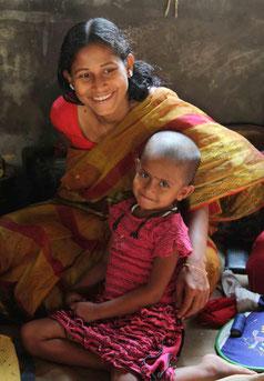 Frauen und Kinder leiden am meisten unter Armut und Kriegen.