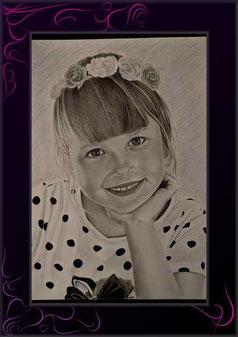 kinderportrait zeichnen lassen, günstige portraitzeichnung nach foto, bleistiftzeichnung nach fotovorlage