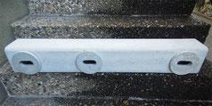Ein 3 Kammern Nistkasten aus Pflanzenfaserbeton (100 cm x 15 cm x 15 cm)