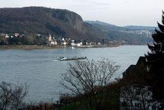 7 Der Rhein/The river Rhein