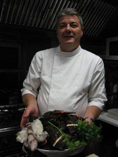 Franck, à l'oeuvre en cuisine...