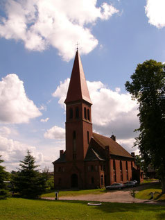 Kirche 2009 - Straßenansicht