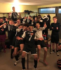 La joie des U16 après la victoire