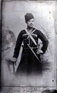 Отец в костюме кубанского казака. г.Чита