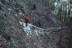 ズマド山の巻き道