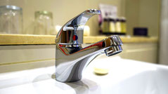 tap fitted , tap repaired, leaking tap, plumber