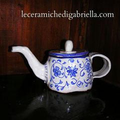 Teiera fatta a mano in ceramica