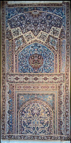 ESFAHAN wool&silk 9㎡ SHARKAT FARSH 工房 とても肌触り良く素晴らしい絨毯です。
