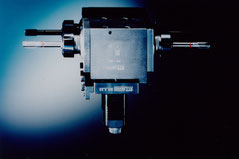 Radial drilling and milling head, right/left