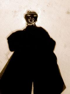 Ein Schatten findet sein Gesicht, J.v.Troschke, 2011