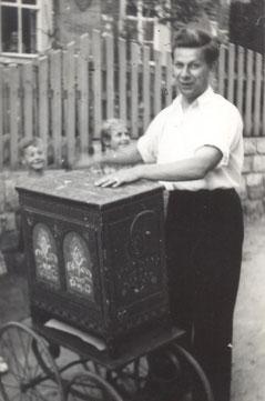 Bild: Wünschendorf Schulfest Hofmann 1952