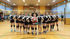 Stolze Damen-3 mit Trainer nach dem 3:1-Heimspielerfolg gegen SG Kaarst