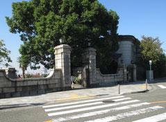 横浜外国人墓地正門