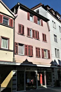 Das ehemalige Hauptgeschäft in der Esslinger Pliensaustraße 48 im Jahr 2020 (81)