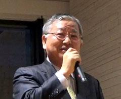 受賞者を発表するアサヒロジ㈱の丸山社長