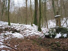 Oratoire Sainte Reine dans les Bois de Chagny