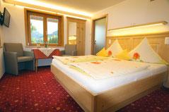 Zimmer Widderstein im Gästehaus Claudia, Kleinwalsertal