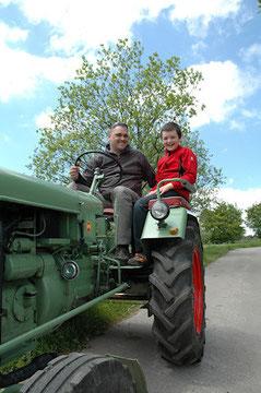 urlaub auf dem bauernhof nrw / mit dem traktor die eifel kennen lernen