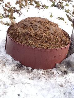 発酵中の堆肥です。