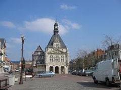 Place Louis Daudré Péronne Somme
