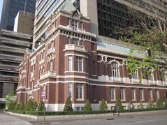 東京銀行協会ビルの外壁保存