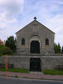Mausoleum der Familie Bock von Wülfingen in Wülfingen, Leinestraße 37