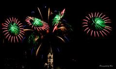 Feuerwerk mit Kirche von Jona