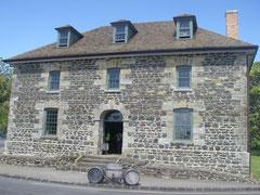 der Stone Store