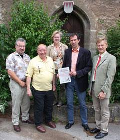 Manfred Herbst (zweiter von links) mit der TVO Vorstandschaft