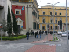 Tiranas Rathaus