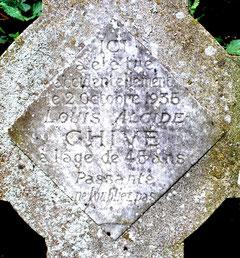 L'inscription sur la croix Chivé