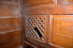 Intérieur du confessionnal de Quevauvillers