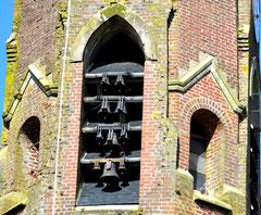 Les cloches de l'église de Bouzincourt