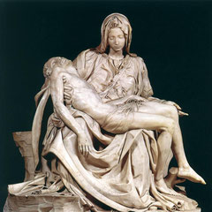 La piétà de Michel Ange, basilique de Rôme