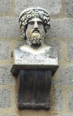 Le buste d'Esculape