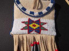 Indianer Brustbeutel mit Crow Stitch