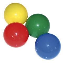 Lot de 500 balles 6,5 cm remplissage de piscine enfants en mousse. Lot de 100 balles de diamètre 6,5 cm. Dimensions : Ø 6,5 cm avec des balles multicolores pour remplir la piscine enfant. Matériel de jeu de balles de piscine de qualité et à prix discount.