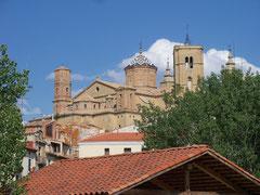 Blick auf Schloss u. Kirche