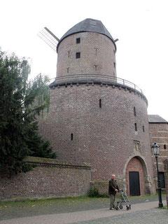 Hessenwall mit Mühle
