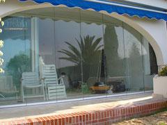 Bella cortina de cristal