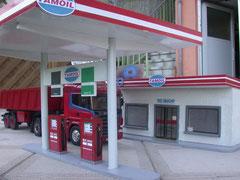 Bau einer Tankstelle
