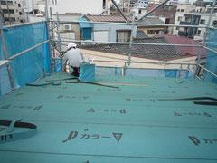 無垢の木でつくる 台東区 木造3階建て耐火建築物 屋根工事画像2