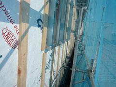 無垢の木でつくる 台東区 木造3階建て耐火住宅 外壁下地胴縁施工1