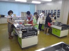 料理教室の様子。