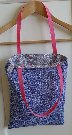 Petit sac réversibleà fleurs type Liberty Bleu Rose