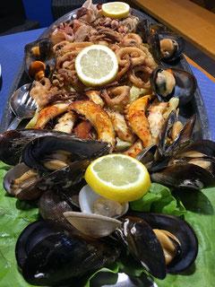 Tolle Fisch- und Meeresfrüchteplatte!