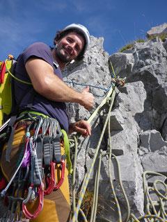 Auch der Standbau beim Ausstieg gehört dazu. Eine tolle, alpine Herausforderung.