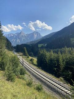 Die Zugstrecke nach Ehrwald (Panoramaweg).
