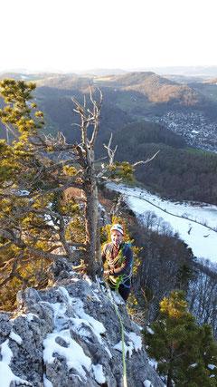Alpines Ambiente: Der Grat war leicht schneebedeckt.
